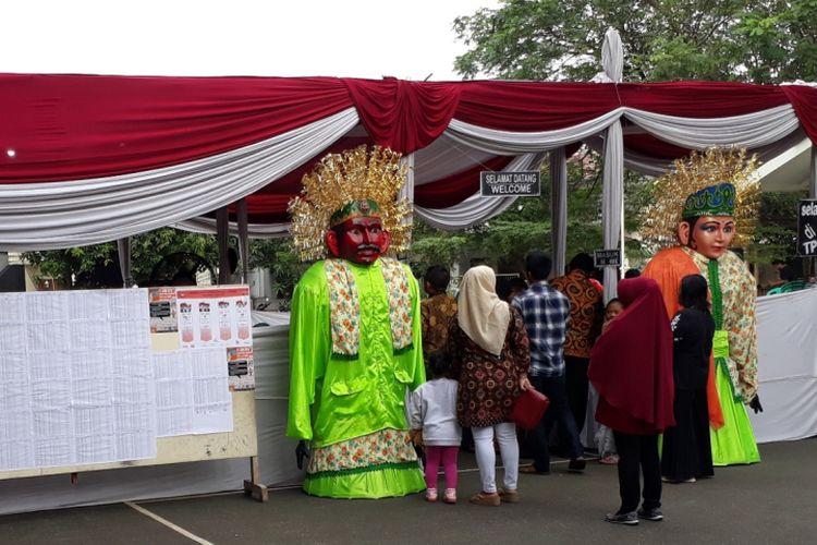 Tampak dari depan TPS 01 kecamatan Bekasi Selatan, Pekayon Jaya, Kota Bekasi