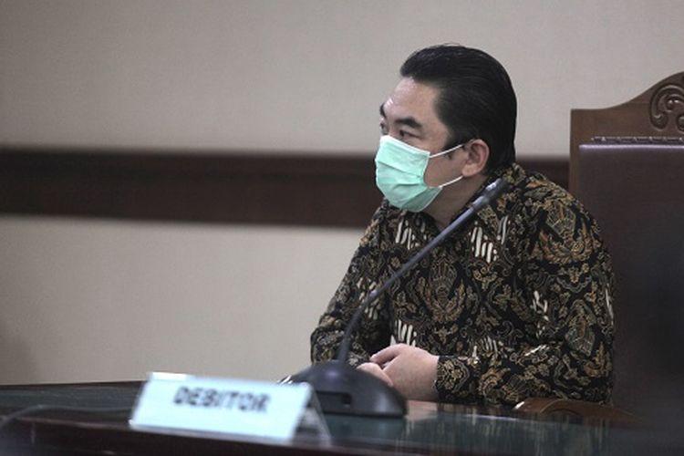 Direktur Utama PT KCN Widodo Setiadi serius tuntaskan kasus PKPU dengan membawa uang tunai senilai 1 juta dollar AS yang diboyong dalam sebuah koper. Uang tunai tersebut untuk membayar tagihan kepada pemohon PKPU yaitu Juniver Girsang dan Brurtje Maramis.