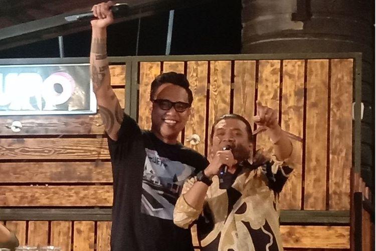 Gofar Hilman dan Didi Kempot dalam acara Ngobam di Wedangan Gulo Klopo, Kartosuro, Minggu (14/7/2019).