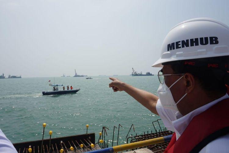 Menhub Budi Karya Sumadi saat meninjau proyek Pelabuhan Patimban, Minggu ( 9/8/2020).