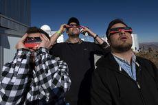 Gerhana Matahari Total Pukau Warga di Chile dan Argentina