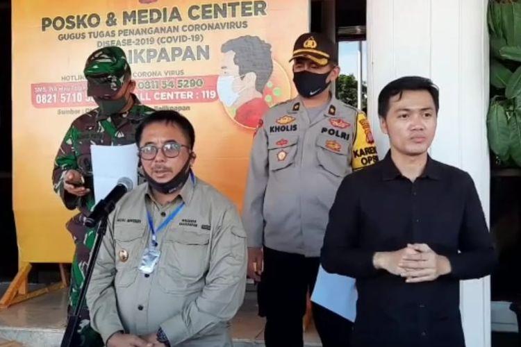 Wali Kota Balikpapan, Rizal Effendi saat memberi keterangan pers di Balikpapan, Kaltim, Senin (29/6/2020).