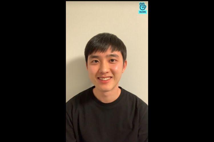 Tangkapan layar D.O EXO menyapa penggemar usai wamil.