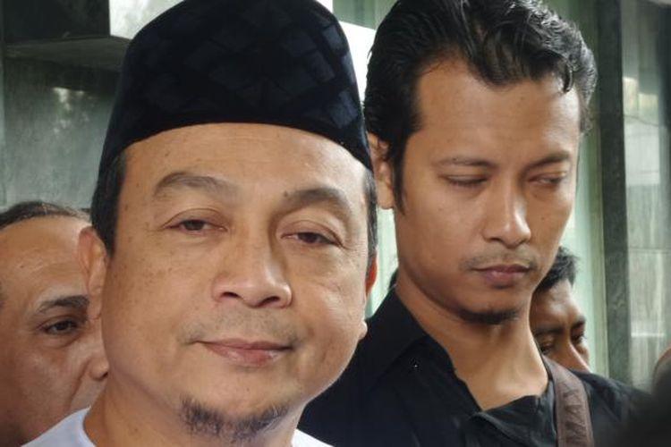 Ketua GNPF-MUI Bachtiar Nasir memenuhi panggilan penyidik untuk diperiksa dalam kasus dugaan pencucian uang dengan pidana asal pengalihan kekayaan yayasan di kantor Bareskrim Polri, Jakarta, Jumat (10/2/2017).