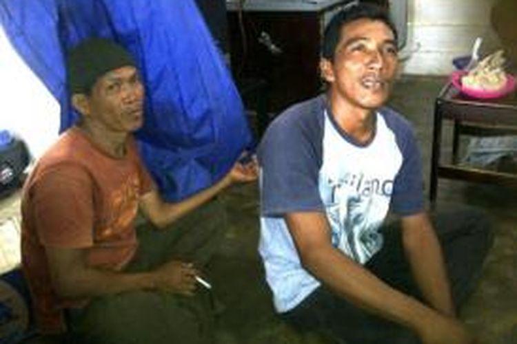 M Taha (38), Nelayan Belinyu Kabupaten Bangka (kanan)