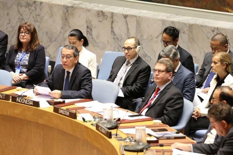 Wakil Tetap Republik Indonesia untuk PDD di New York, Duta Besar Dian Triansyah Djani saat memberikan pengarahan mengenai upaya penanggulangan terorisme dan pencegahan  penyebaran senjata pemusnah massal  di depan seluruh anggota DK PBB, New York, Senin (20/5/2019).