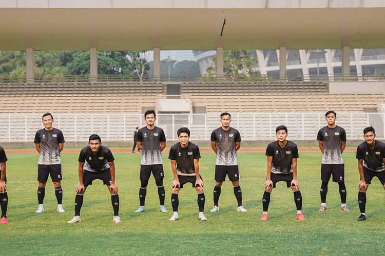 Line up Dewa United saat ujicoba guna persiapan Liga 2 2021.