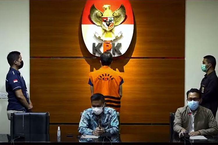 KPK menahan pemilik perusahaan PT Borneo Lumbung Energi dan Metal, Samin Tan Selasa (6/4/2021).