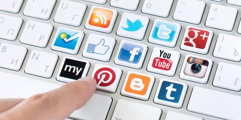 Berdasarkan survei ini, sekitar 80 persen desainer interior beralih dan aktif di berbagai platform sosial media.
