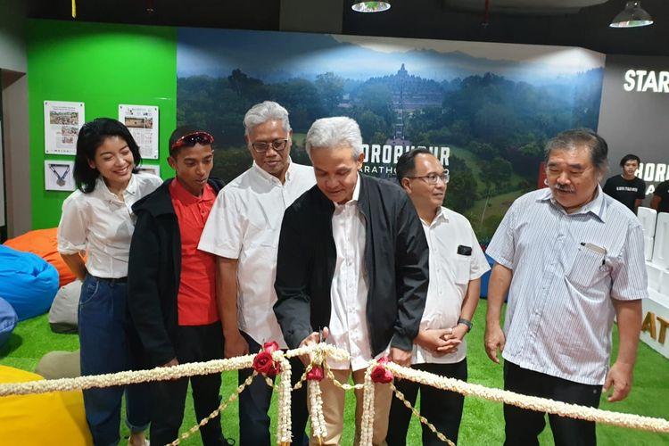 Yayasan Borobudur Marathon bersama Gubernur Jawa Tengah, Ganjar Pranowo meresmikan Borobudur Marathon Lounge di FX Sudirman Lt. 5, Jakarta, pada Kamis (30/1/2020).