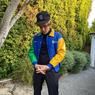 Giliran Justin Bieber Gaya Pakai Jaket Langka Tim F1 Benetton Era 90an
