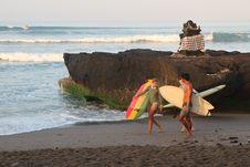 Jalan-jalan di Pantai Batu Bolong Canggu Bali