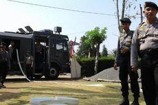 Polisi Gunungkidul Serahkan Bantuan Air Pakai Water Canon