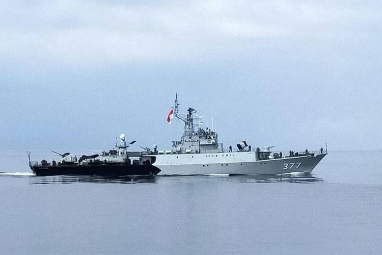 Komando Armada I (Koarmada I) menerjunkan KRI Sutanto-377 dalam Patroli Terkoordinasi (Patkor) Malaysia-Indonesia (Malindo) 149/20 di Selat Malaka pada Sabtu (29/08/2020) bersama Tentara Laut Diraja Malaysia (TLDM).