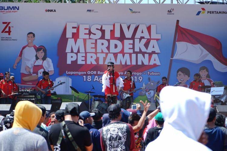 Kemeriahan Festival Merdeka Pertamina di Tuban, Minggu (18/8/2019).