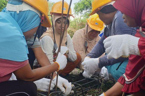 Perempuan Penyintas Gempa Palu Belajar Buat Rumah agar Bisa Awasi Perbaikan Hunian Pasca-gempa