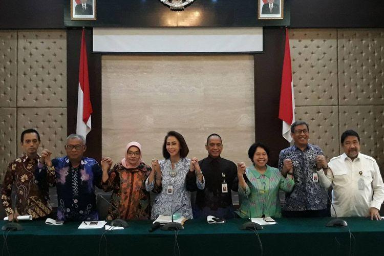 Panitia seleksi calon pimpinan KPK umumkan peserta yang lolos tes psikologi di Gedung Kementerian Sekretariat Negara, Senin (5/8/2019).