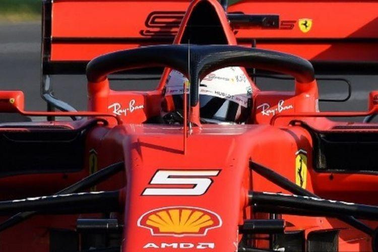 Pebalap Ferrari, Sebastial Vettel, menjalani sesi kualifikasi F1 GP Australia di Sirkuit Albert Park, 16 Maret 2019.