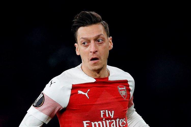 Mesut Oezil saat membela Arsenal di ajang Liga Europa, Kamis (2/5/2019)
