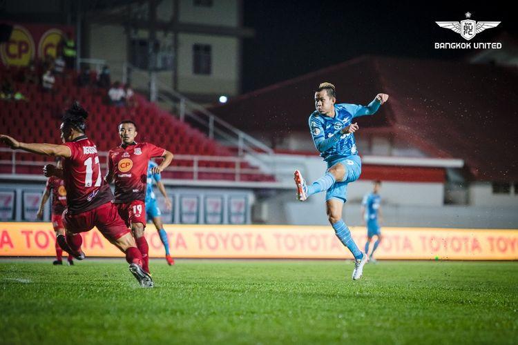 Partai Liga Thailand, True Bangkok United vs Police Tero FC, akan bergulir pada Minggu (29/11/2020).