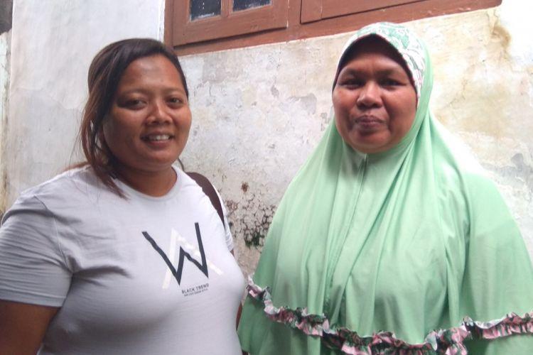 Eko Darwati (berjilbab) dan Nurul Qomariyah, dua orang ibu asal Banyuwangi yang anaknya divonis menderita leukemia. Mereka mendampingi anaknya hingga sembuh dan dinyatakan lepas obat.