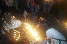 Nyalakan Lilin di Gedung KPK, Aktivis Doakan Korban Tewas dalam Demo Mahasiswa