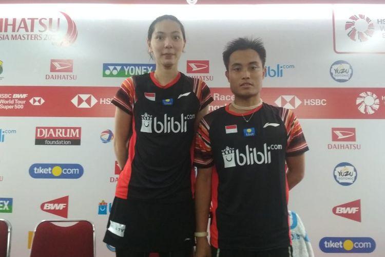 Ganda campuran Indonesia, Hafiz Faizal/Gloria Emanuelle Widjaja, saat menghadiri konfrensi pers seusai bermain pada laga pertama Indonesia Masters 2020 di Istora Senayan, Selasa 14 Januari 2020.