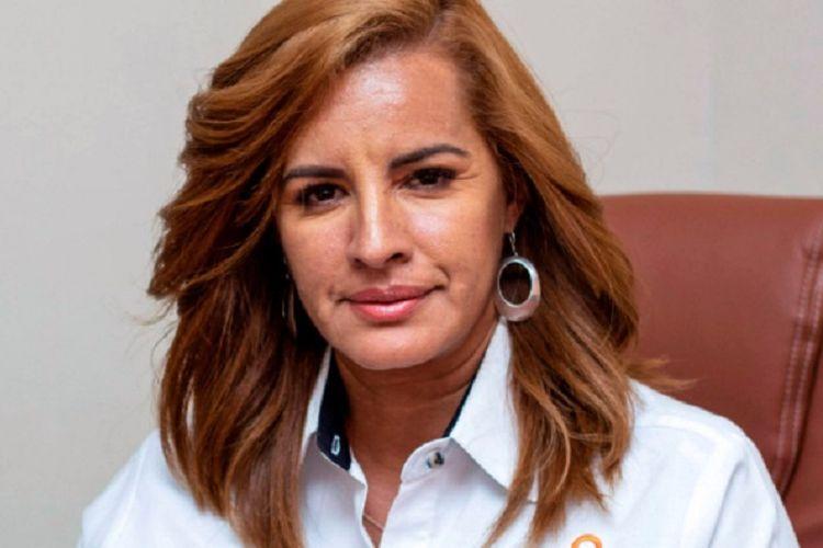 Wali Kota Jamapa, Meksiko, Florisel Rios. Dia diculik dan dibunuh gangster ketika berkendara menuju balai kota.