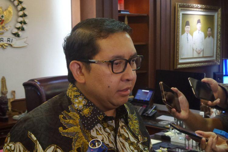 Wakil Ketua DPR RI Fadli Zon di Kompleks Parlemen, Senayan, Jakarta, Senin (4/12/2017).