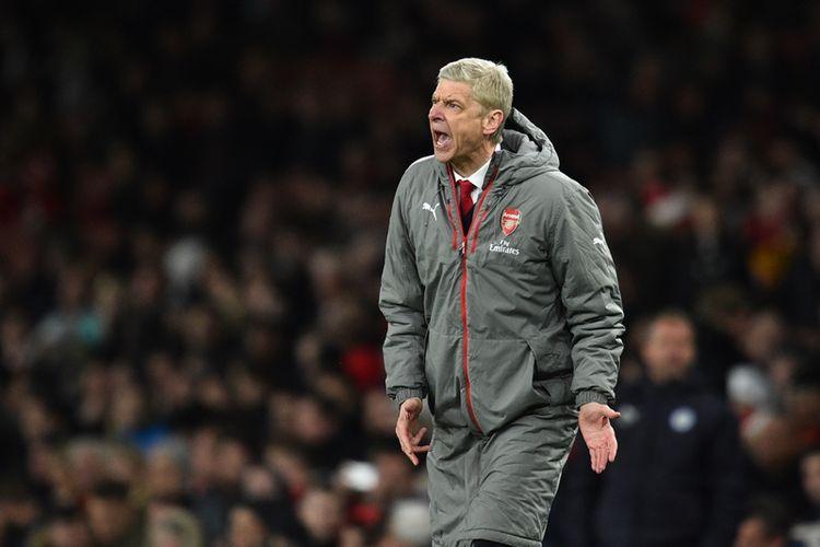 Reaksi pelatih Arsenal, Arsene Wenger, dalam pertandingan Premier League melawan Leicester City di Stadion Emirates, pada 26 April 2017.