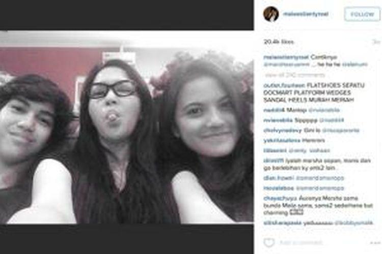 Ahmad El Jalaluddin Rumi, Maia Estianty, dan Marsha Aruan berpose bersama, Kamis (16/7/2015).