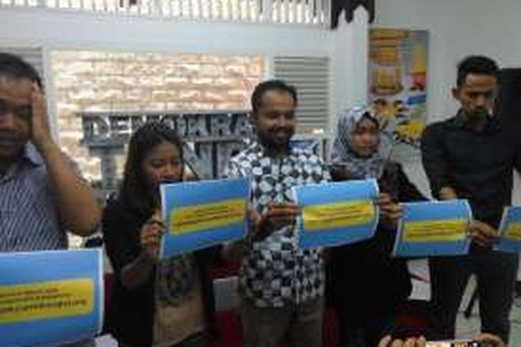 Koalisi Pemilu Berintegritas dalam konfrensi pers di kantor Indonesia Corruption Watch (ICW), Kalibata, Jakarta, Selatan, Selasa (3/1/2017).