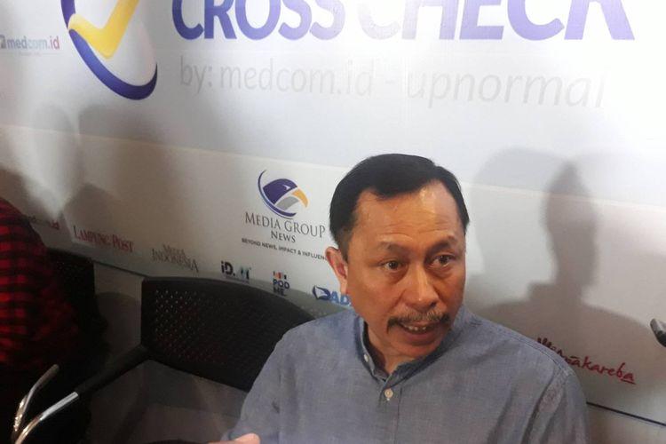 Ketua Komnas HAM Ahmad Taufan Damanik usai sebuah diskusi di kawasan Gondangdia, Jakarta Pusat, Minggu (9/2/2020).
