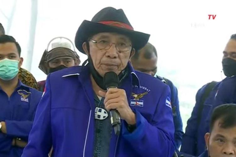 Salah satu tokoh kubu kontra-AHY atau kubu KLB Deli Serdang Max Sopacua dalam konferensi pers di Hambalang, Kabupaten Bogor, Kamis (25/3/2021).