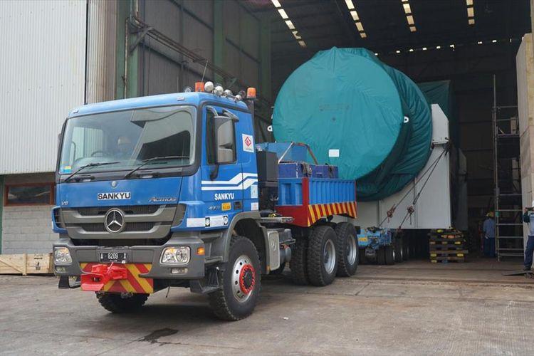 Komponen pembangkit listrik yang diekspor PT Barata Indonesia menuju Australia.
