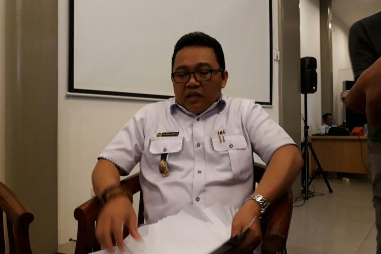 Asisten Deputi Materi Hukum Kementerian Politik Hukum dan Keamanan Heni Susila dalam konfrensi pers di Galeri Nasional, Jakarta Pusat. Senin (17/7/2017)
