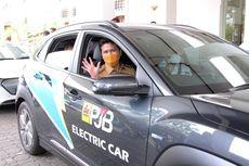 Jajal Mobil Listrik, Emil Dardak: Nyaman, Seperti Mengendarai Mobil Bahan Bakar Fosil