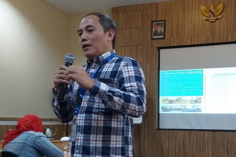Kepala Desk Inkubator Bisnis Mikro dan Ritel BRI Djoko Purwanto pada acara temu media di Cianjur, Jawa Barat, Sabtu (6/4/2019).