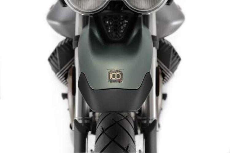 Moto Guzzi V7 Stone Centenario dan V85 TT Centenario