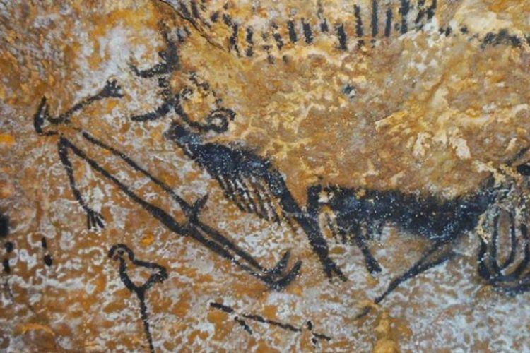 Lukisan di dindang gua Lascaux di Perancis merupakan bukti astronomi sudah dikenal manusia sejak ribuan tahun lalu.