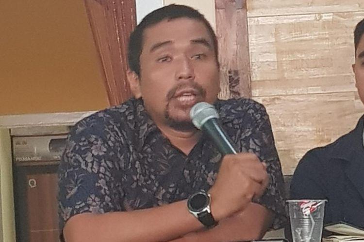 Dosen FH Universitas Andalas Charles Simabura saat menjadi pembicara pada diskusi Kode Inisiatif di kawasan Tebet, Jakarta Selatan, Rabu (18/9/2019).