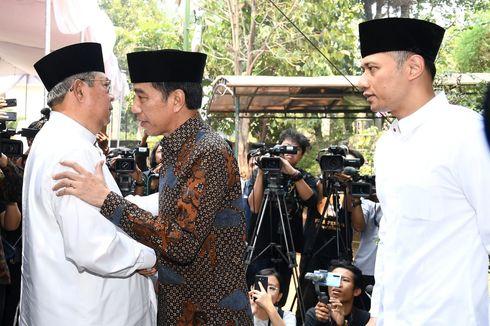 Presiden Jokowi Melayat Ibunda SBY di Cikeas