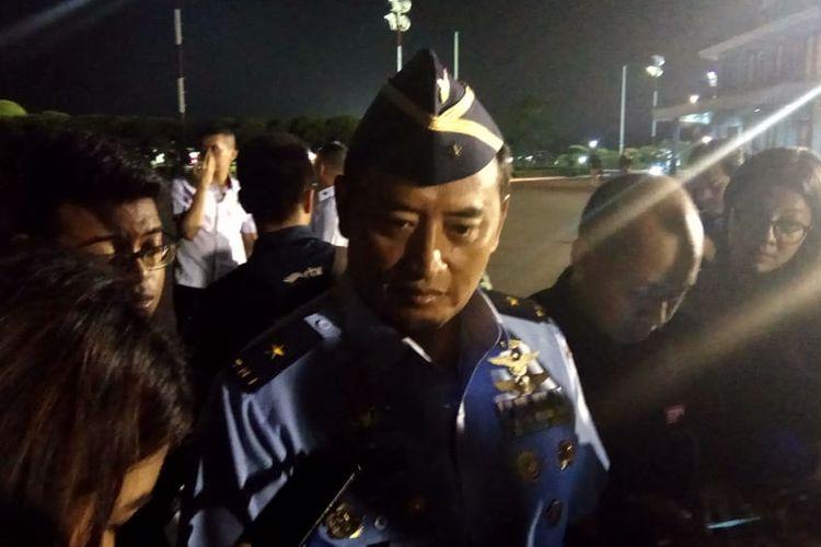 Kepala dinas penerangan TNI AU Marsma TNI Fajar Adriyantodi Pangkalan TNI Angkatan Udara (AU) Halim Perdana Kusuma, Jakarta Timur, Sabtu (1/6/2019).