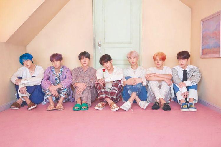 Salah satu boyband bentukan Big Hit Entertainment, BTS.