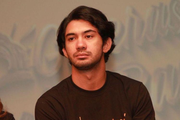 Reza Rahadian ditemui dalam jumpa pers Kampanye Generasi #LebihBaik Sun Life Financial Indonesia di XXI Plaza Senayan, Jakarta Pusat, Rabu (23/8/2017).