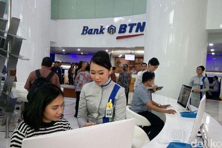 Dalam rangka peringatan hari ulang tahun (HUT) ke-71, PT Bank Tabungan Negara (Persero) Tbk atau BTN menawarkan suku bunga Kredit Pemilikan Rumah (KPR) berjenjang mulai dari 4,71 persen.