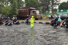 Banjir di Depan Kahatex, Jalur Bandung-Tasikmalaya Macet Panjang