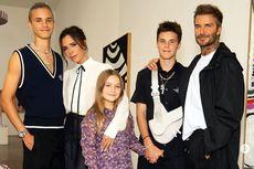 Peragaan Busana Victoria Beckham Hanya Dihadiri Keluarga