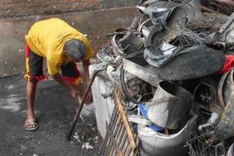 Puing puing di rumah Sujono di Gatak, Sukoharjo, Kamis (17/12/2015).