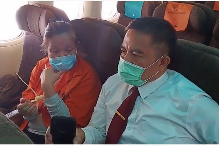 Buron tersangka pembobolan Bank BNI Maria Pauline Lumowa tiba di Bandara Soekarno-Hatta usai diekstradisi dari Serbia, Kamis (9/7/2020).